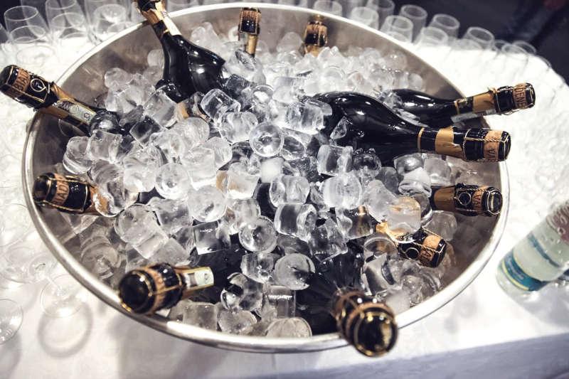 seau champagne glaçon