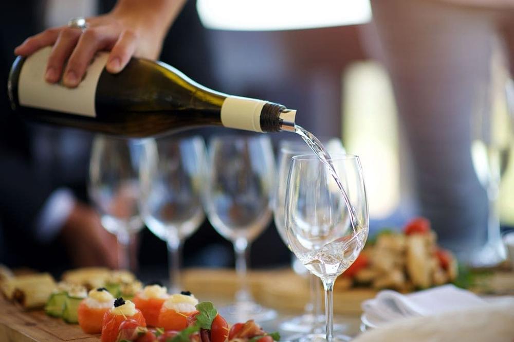 vin blanc aperitif
